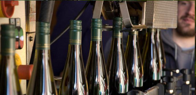 Weingut Zorn Wein-Abfüllung